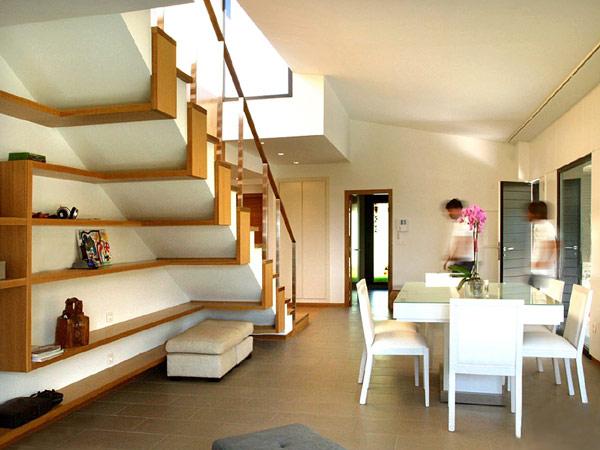 Дизайн пространства под лестницей